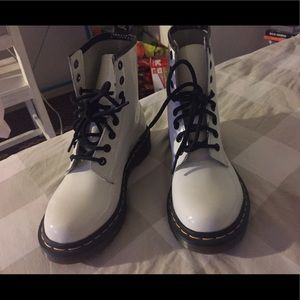 [NEW] Dr. Martens White Patent Leather Boots.